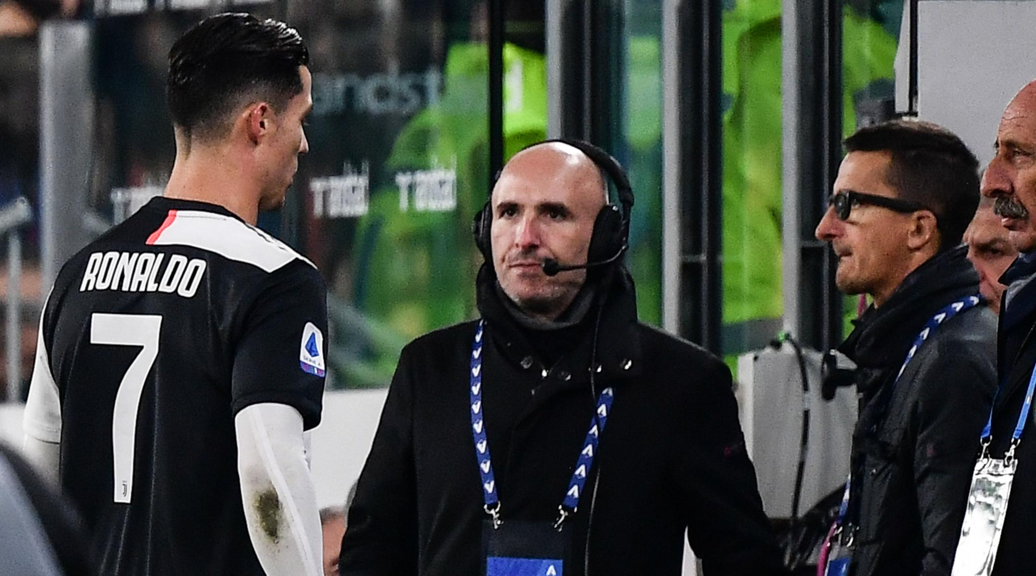 Juventus vs AC Milan, Italian Serie A 2019–20: Cristiano Ronaldo Leaves Stadium Before Final Whistle After Being Substituted by Maurizio Sarri