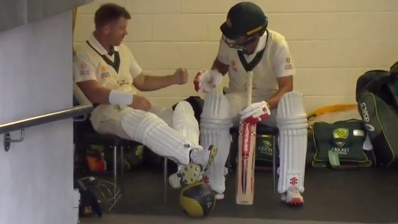 David Warner and Joe Burns Utilise Delayed Start by Playing 'Rock Paper Scissor' During Australia vs Pakistan Day-Night Test 2019 (Watch Video)
