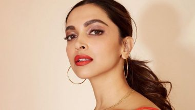 Deepika Padukone Posts Random Red Hot Pictures, Has Ranveer Singh Drooling Over Her Once Again!