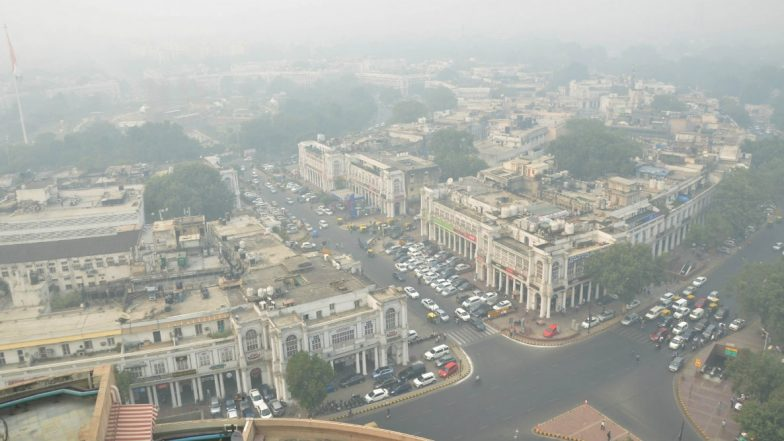 Delhi Continues to Reel Under Severe Air Quality, Thick Smog Covers Sky, Respite Likely After November 3