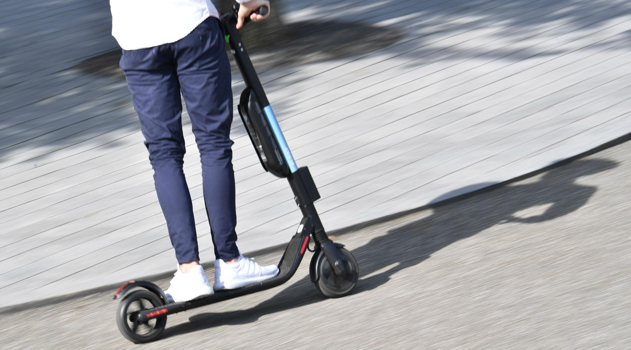 E-Scooters Banned on Footpath in Singapore, Violators to be Jailed as Per New Regulations