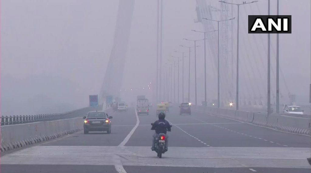 Delhi Air Quality Turns Hazardous: Here's How to Survive the Choking Pollution