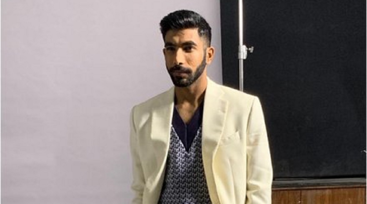 Jasprit Bumrah 'Playing It Cool' on Social Media, Uploads Pic in Formal Attire (See Pics)