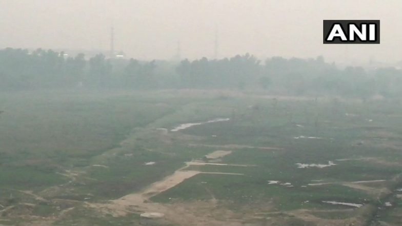 Delhi Pollution Levels Likely to Drop Due to Wind, Air Quality Remains 'Very Poor': MeT