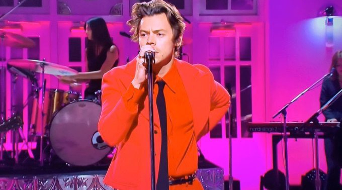Harry Styles Drops a Big Surprise for Fans, Releases New Song 'Watermelon Sugar' At the Same Time as His SNL Hosting Debut (Watch Video)