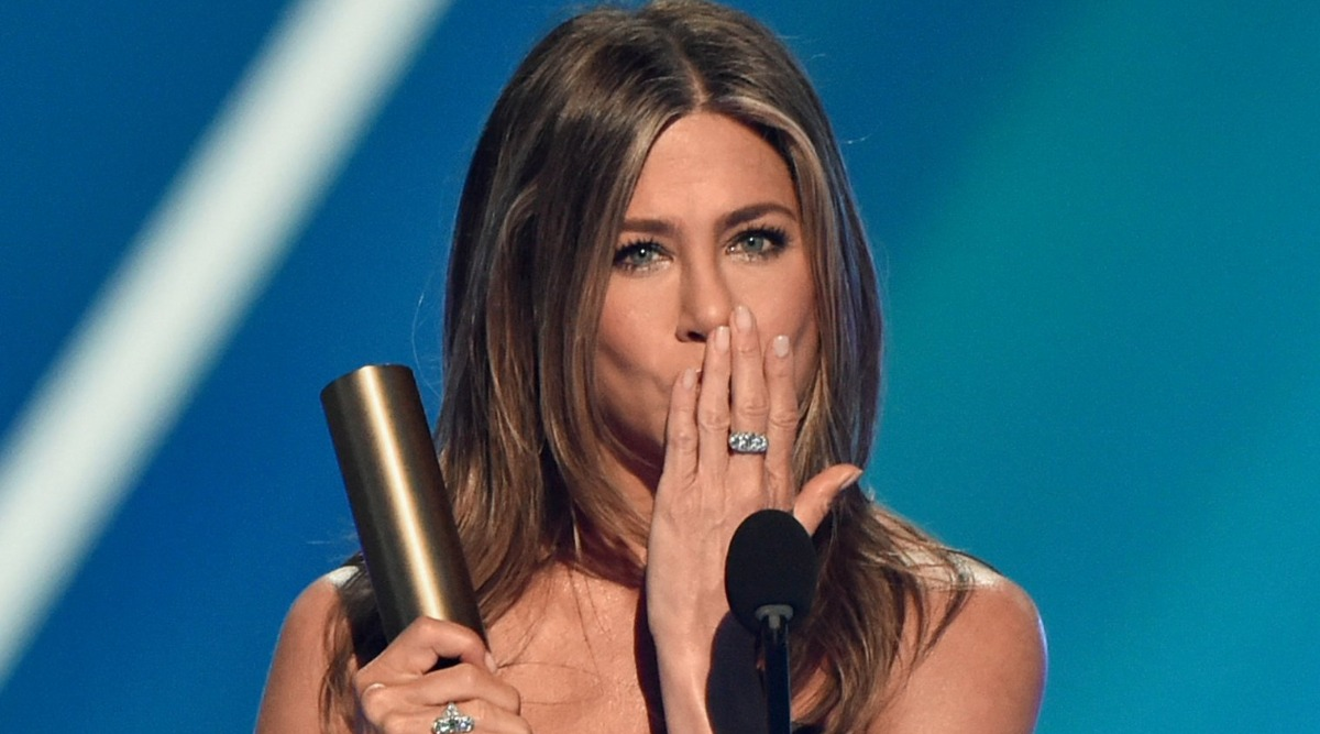 Jennifer Aniston On Receiving The Icon Award At People's Choice 2019: 'Friends' Was Truly — It Was The Gift Of A Lifetime