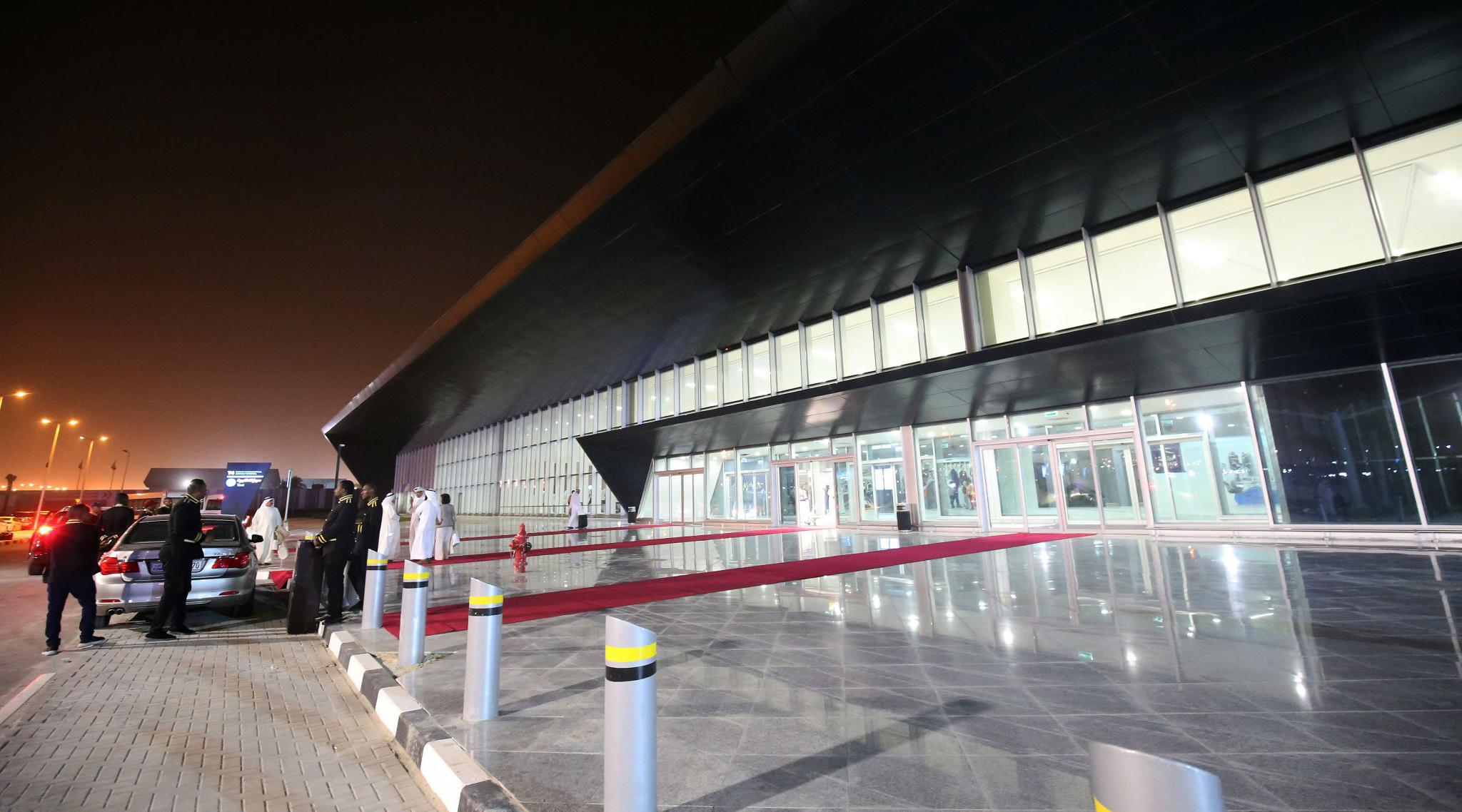 Kuwait: Workers Strike at International Airport for Better Working Conditions
