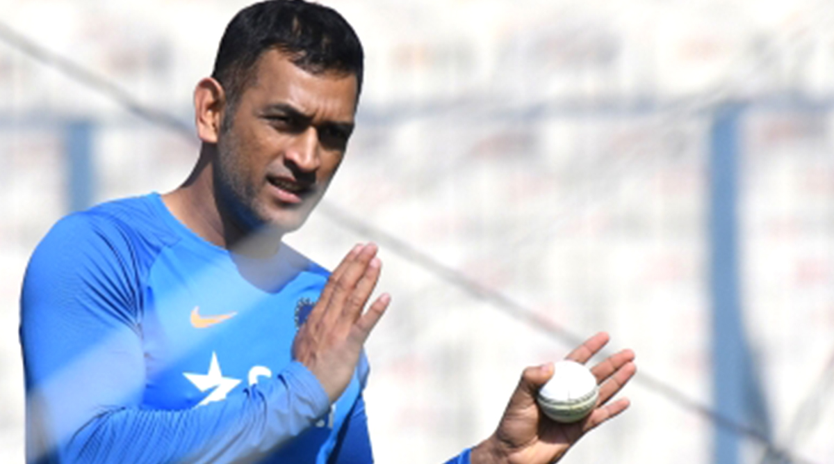 MS Dhoni on Cricket Comeback: Indian Wicket-Keeper-Batsman Urges to Refrain From Asking Questions on His Return to Indian Team Till January 2020