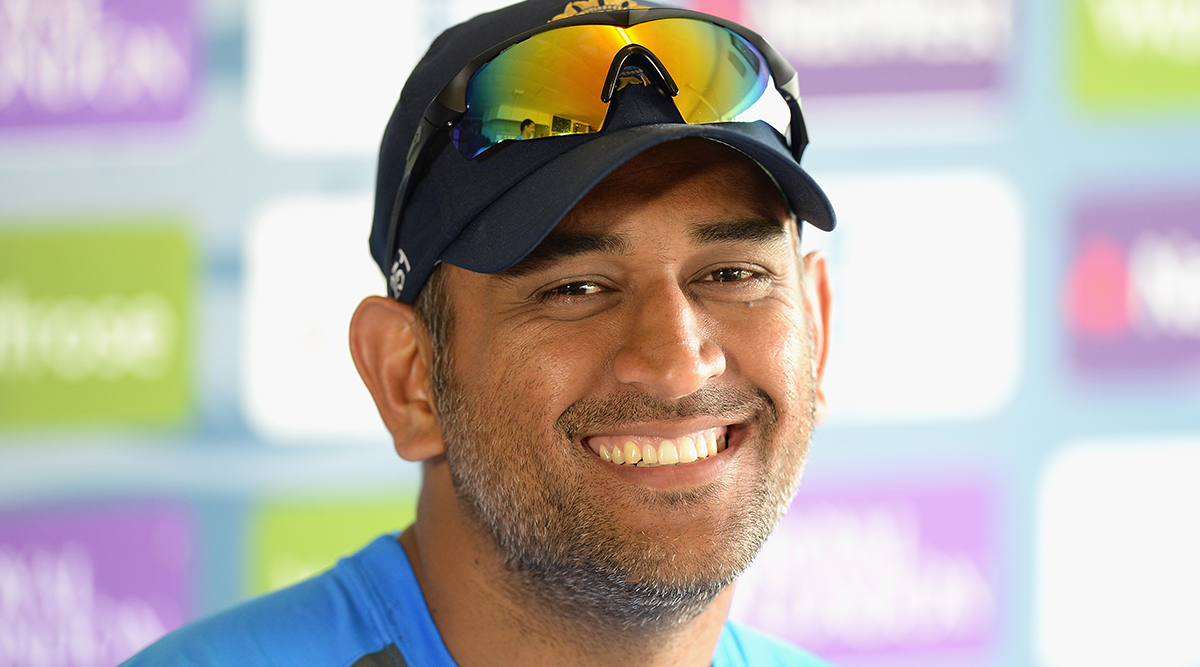 MS Dhoni May Appear As Guest Commentator in India's Maiden Day-Night Test Against Bangladesh at Eden Gardens in Kolkata: Report