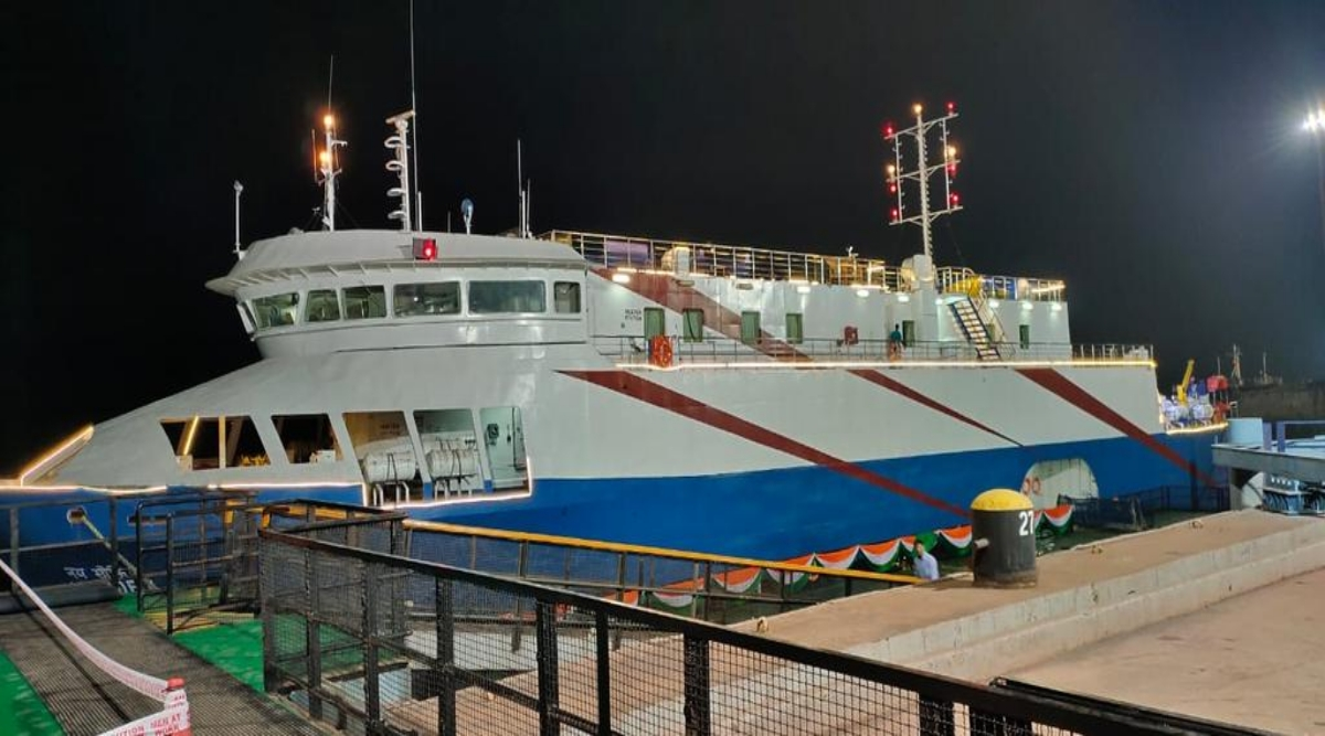 Mumbai- Surat Ferry Cruise Services Begin! Know Everything About Dates, Timings and Prices (View Pics of The Luxurious Boat)