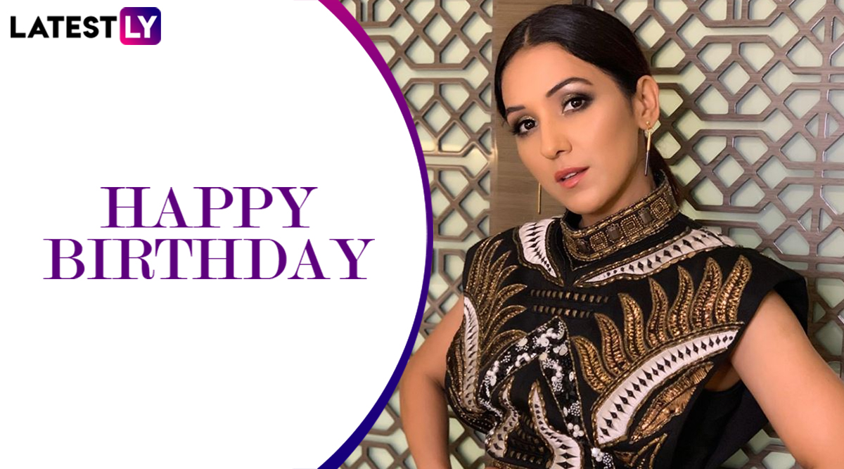 Neeti Mohan Birthday: From Ishq Wala Love to First Class, Songs by The Stunning Singer That Are Here To Stay! (Watch Videos)