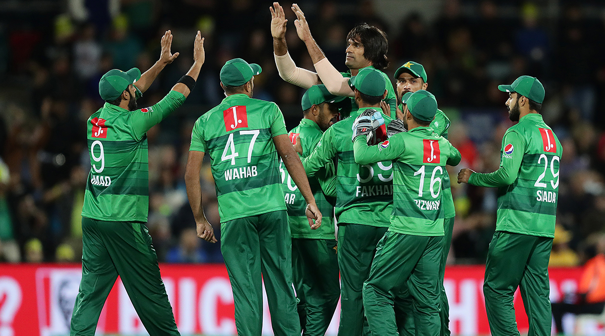 Australia vs Pakistan Dream11 Team Prediction: Tips to Pick Best Playing XI With All-Rounders, Batsmen, Bowlers & Wicket-Keepers for AUS vs PAK 3rd T20I Match 2019