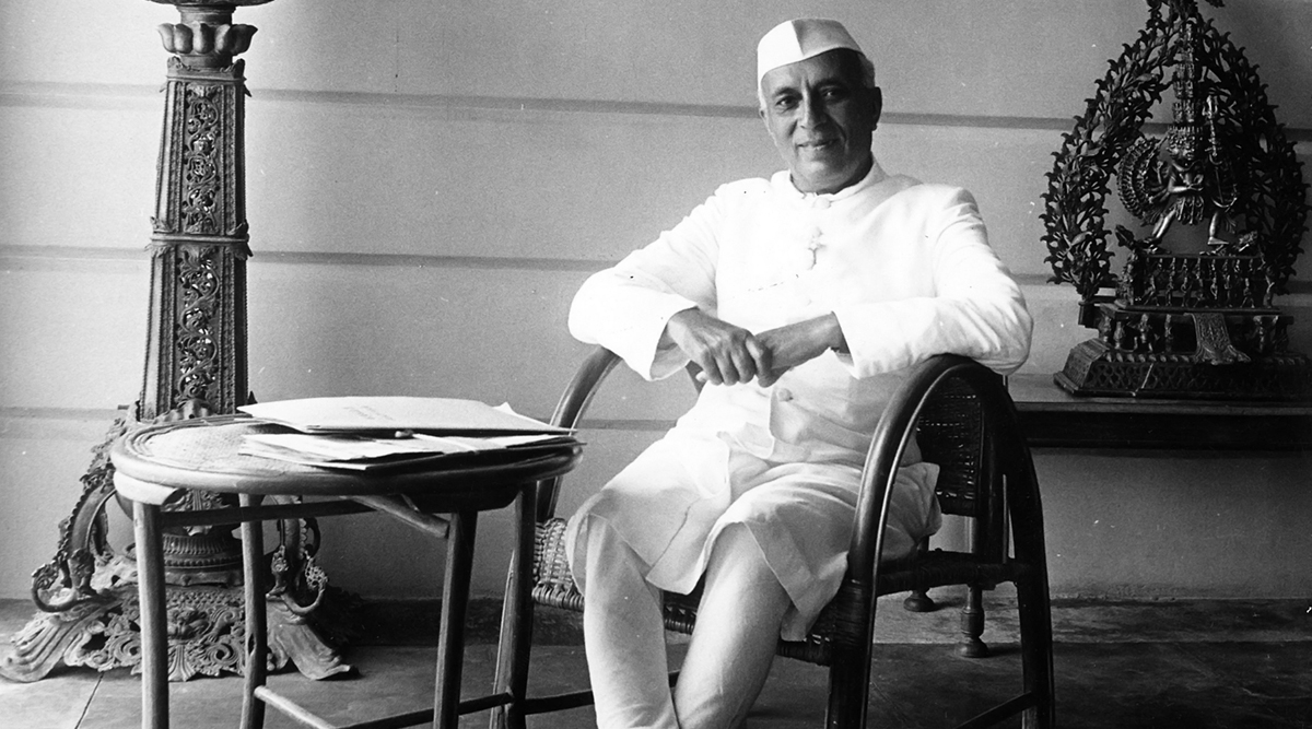 Jawaharlal Nehru 130th Birth Anniversary: With Derogatory Jibes at Freedom Fighter and 1st PM of India, Twitter Trolls Plunge Discourse to Another Low