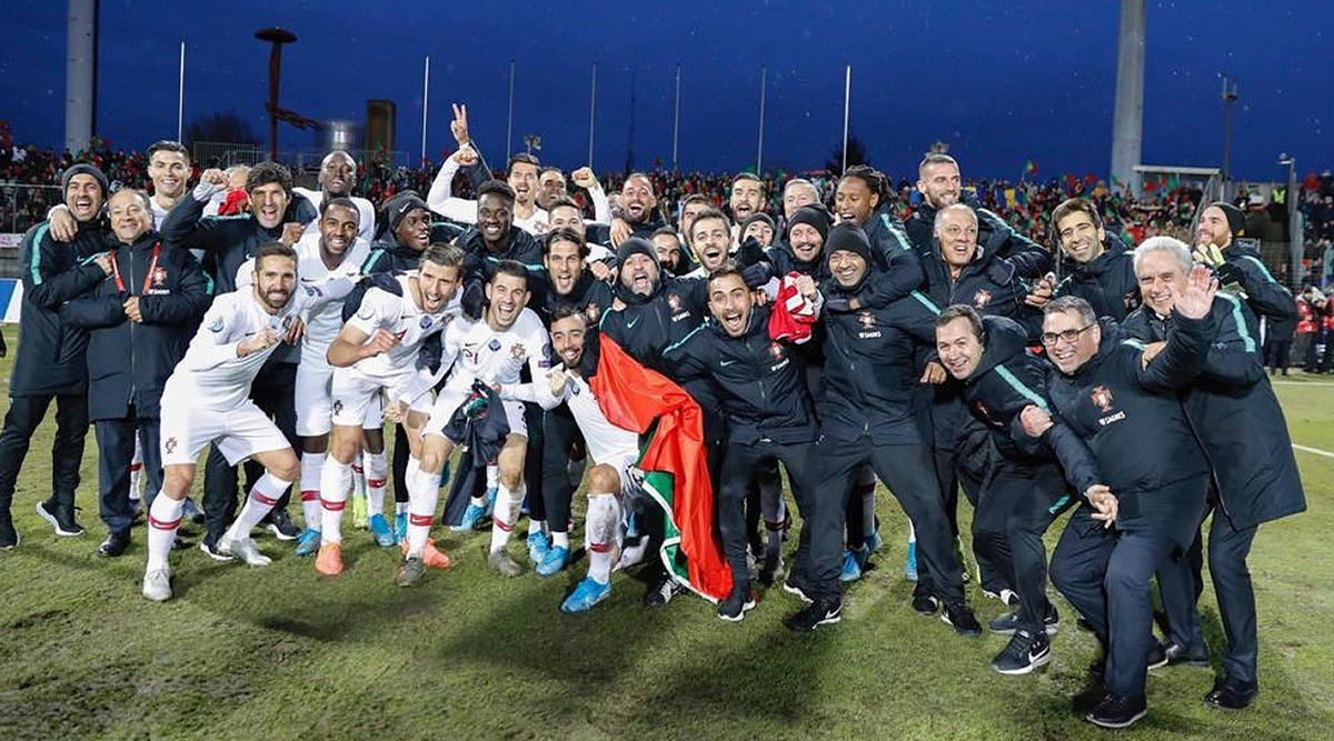 Cristiano Ronaldo Poses With Teammates After Leading Portugal to 2-0 Victory Against Luxembourg in Euro Qualifiers 2020 (See Instagram Post)