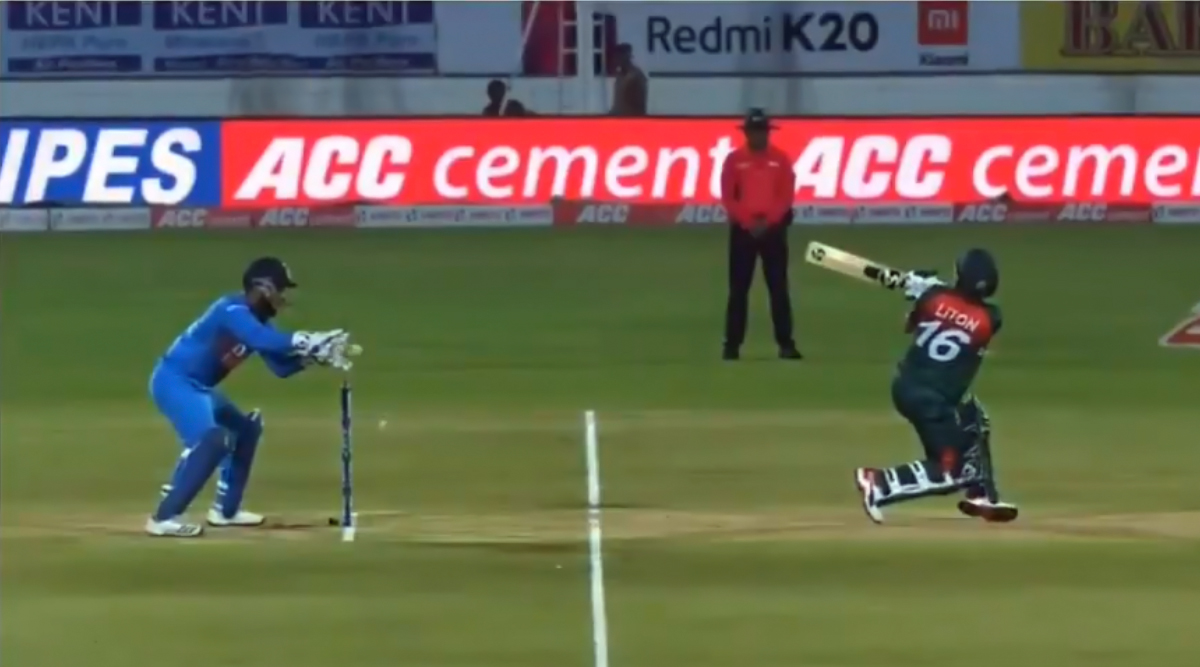 Rishabh Pant's Faux Pas Behind Stumps in IND vs BAN 2nd T20I: Indian Keeper Catches Ball Before It Crosses Stumps; Twitter Toasts Him As Stumping Mistake Video Goes Viral