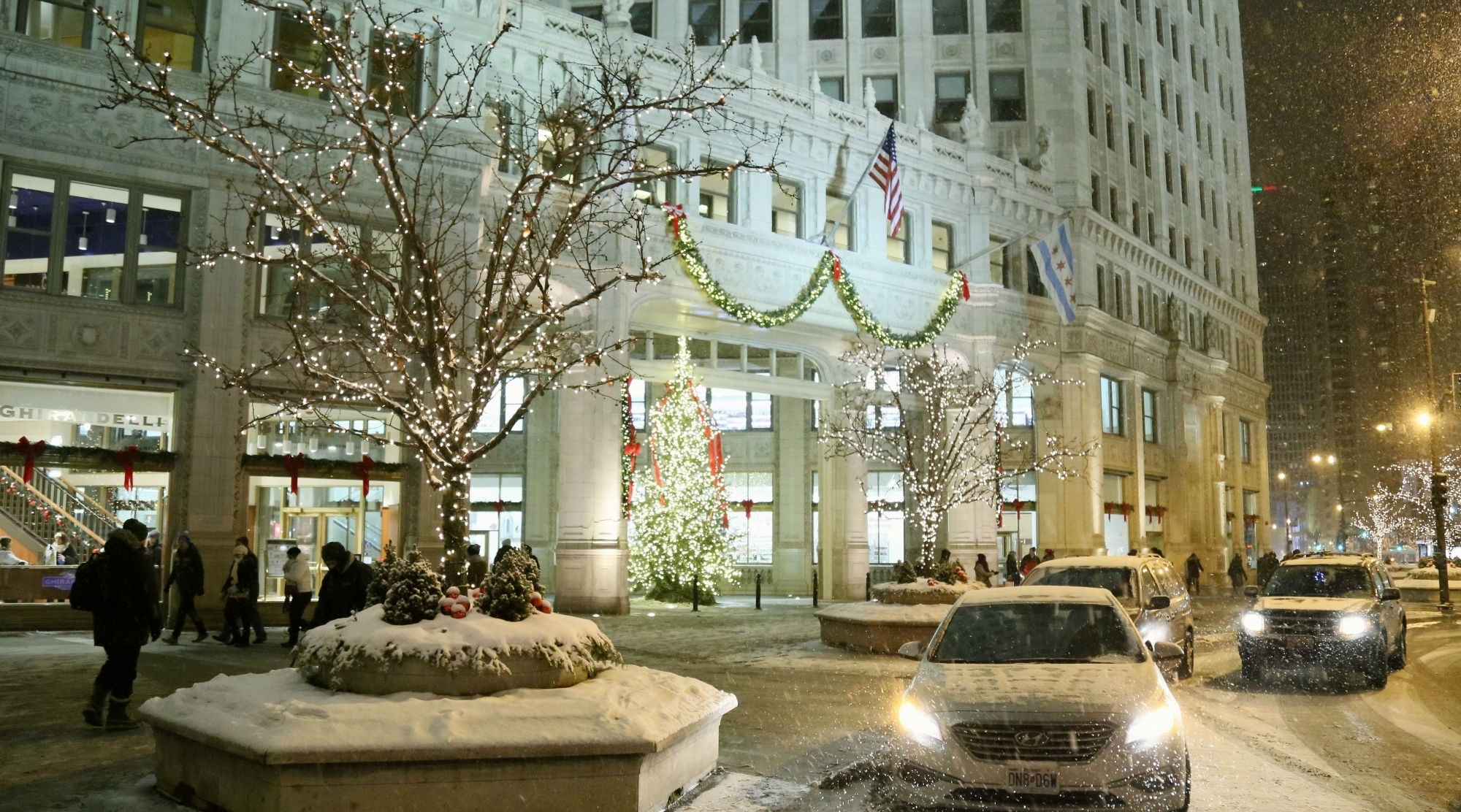 Arctic Blast in US Likely to Break Records, 1,000 Flights Cancelled From Chicago
