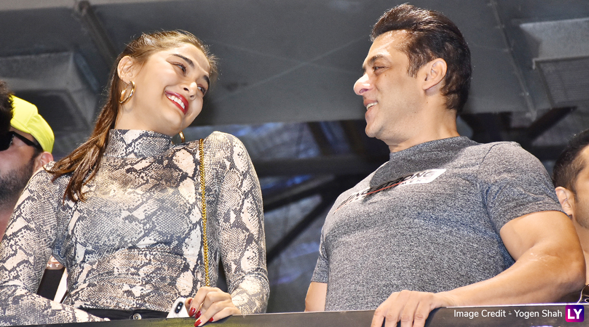 Salman Khan Twins With Dabangg 3 Co-Star Saiee Manjrekar at Being Strong Fitness Equipment Preview Event (View Pics)