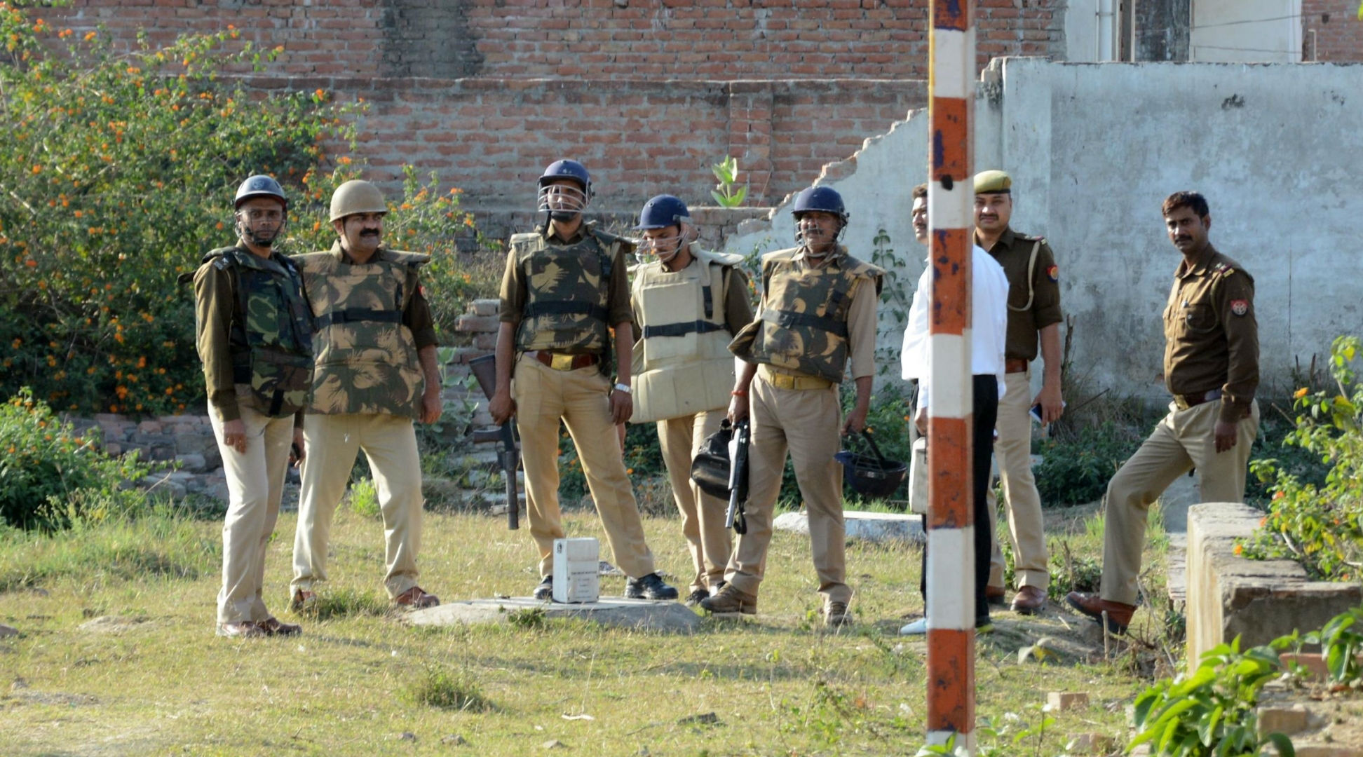 Uttar Pradesh On High Alert After Inputs of Terrorists Entering State Through Nepal Border