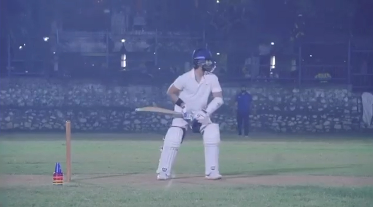 Shahid Kapoor Hits a Boundary While Prepping Up For Jersey Remake (Watch Video)