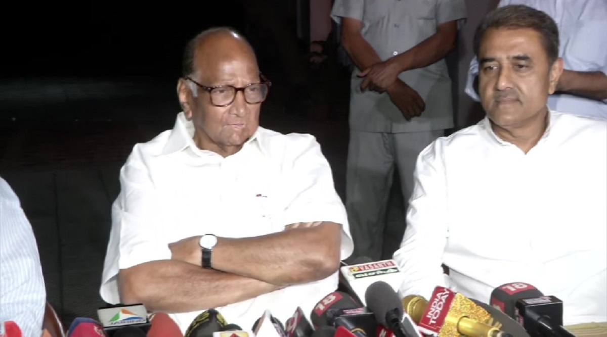 Maharashtra Government Formation: 'No Talks With Shiv Sena Yet, NCP to Sit in Opposition', Says Sharad Pawar After Meeting Sonia Gandhi