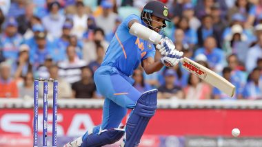 Shikhar Dhawan Misses Out on his 18th ODI Century, Kane Richardson Dismissed the Indian Opener During India vs Australia 2nd ODI 2020 in Rajkot