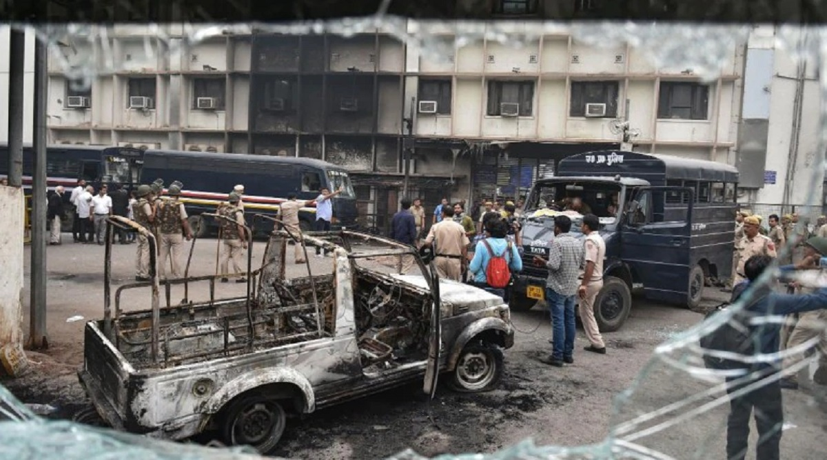 Tis Hazari Court Violence: Delhi HC Issues Notice to Bar Council of India as Police Protest Rocks National Capital