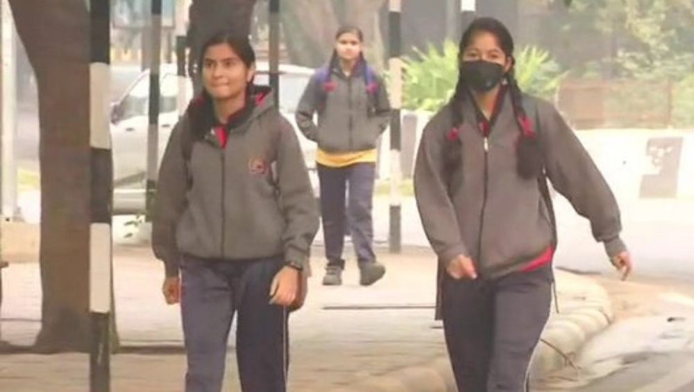 Schools in Delhi, NCR Reopen Today After Air Quality Marginally Improves, But No Outdoor Activities to be Held