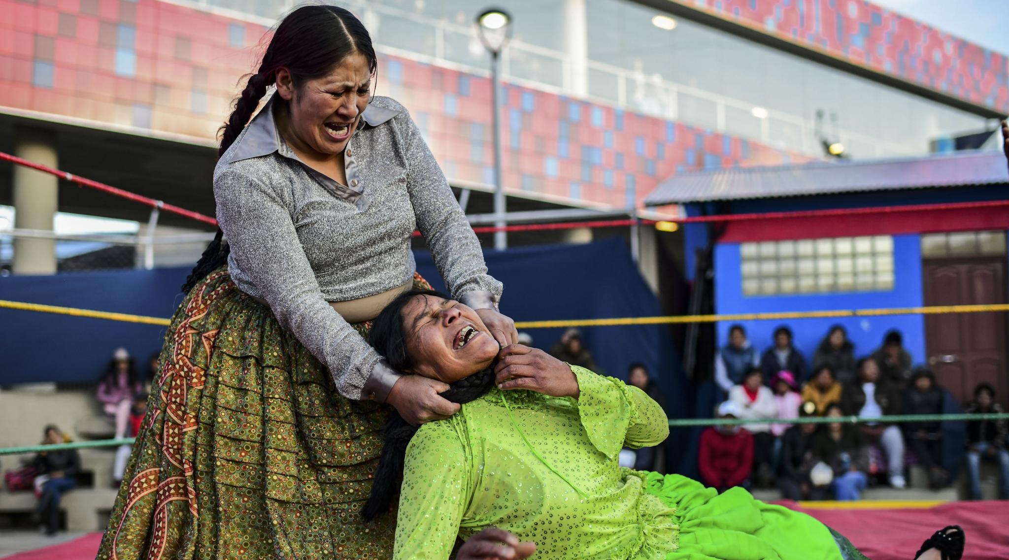 Bolivia Wrestlers: Fighting Cholitas Back in the Ring After Weeks of Unrest