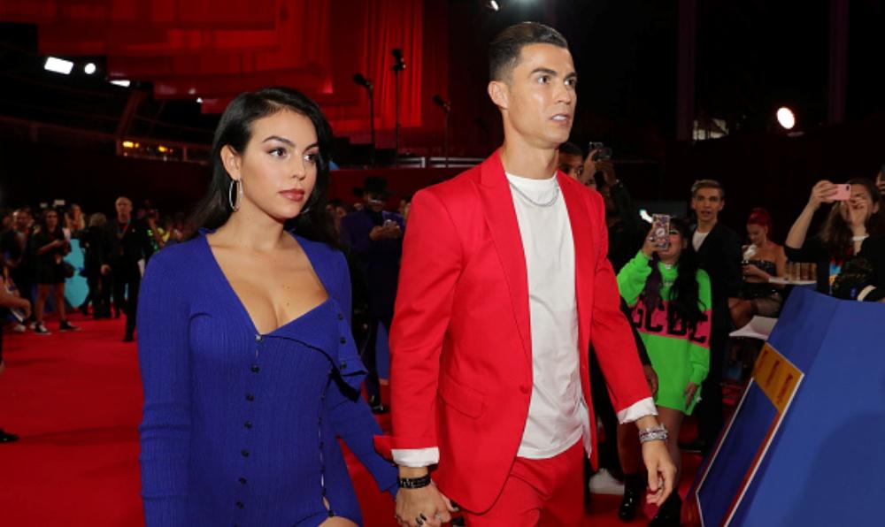 Cristiano Ronaldo's Girlfriend Georgina Rodriguez Reportedly Suffers an 'Attack of Jealousy' After Rita Pereira Hugs the Star Footballer Enthusiastically