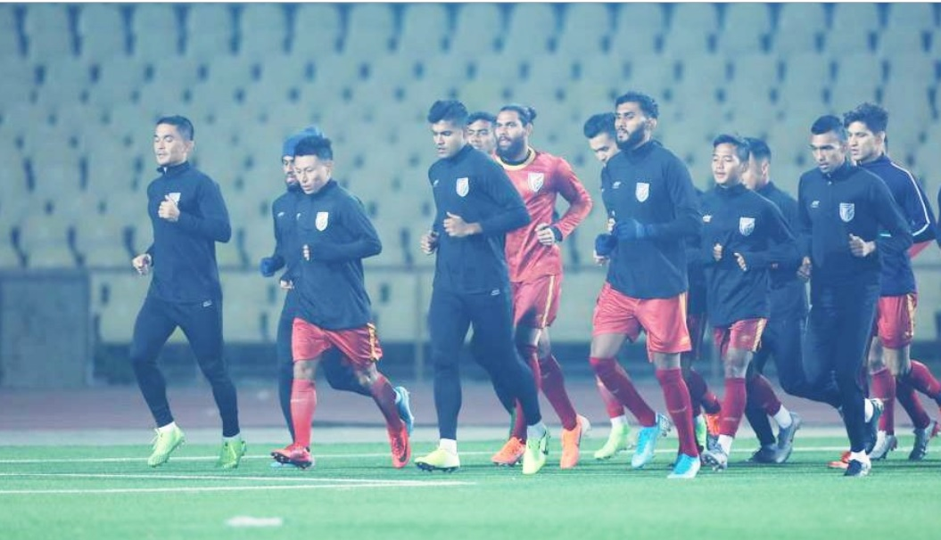 Indian Football Team Sweats it Out in Sub-Zero Temperature Ahead of IND VS AFG, 2022 World Cup Qualifiers (See Pics and Video)