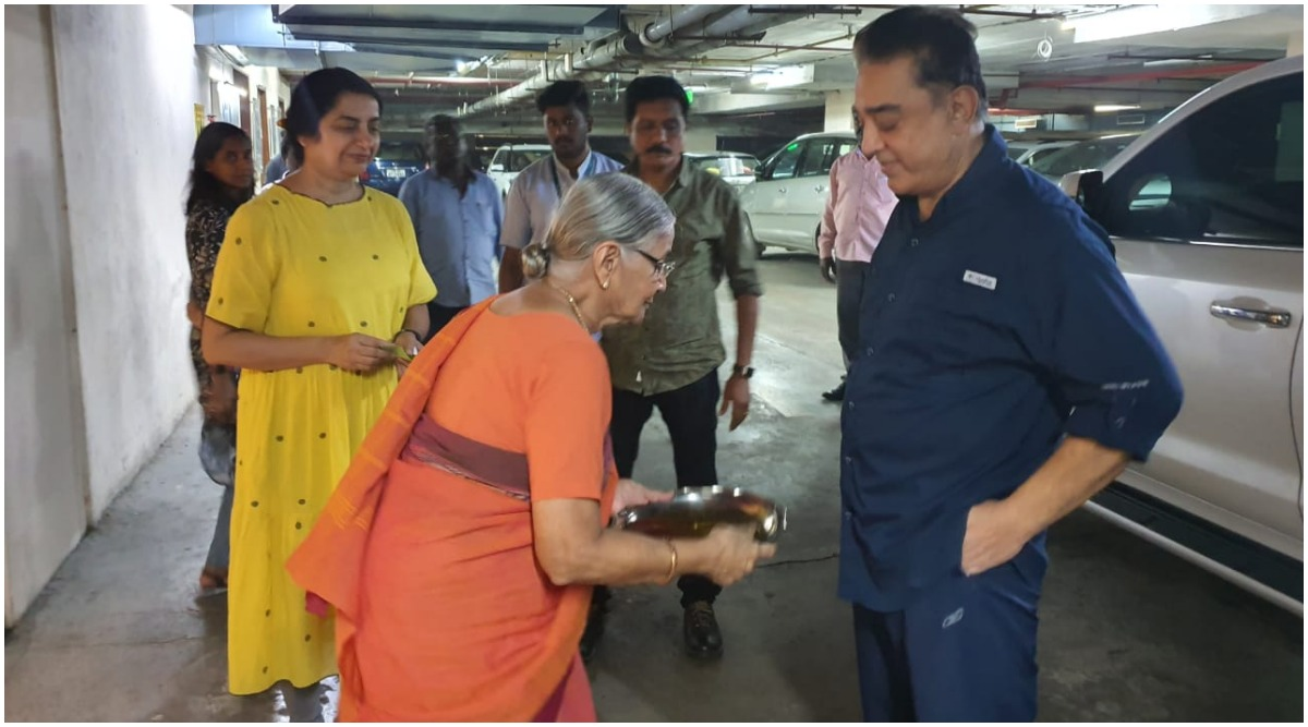Kamal Haasan Is Back Home! Indian 2 Actor Gets Discharged From Hospital Post Leg Surgery (View Pics)