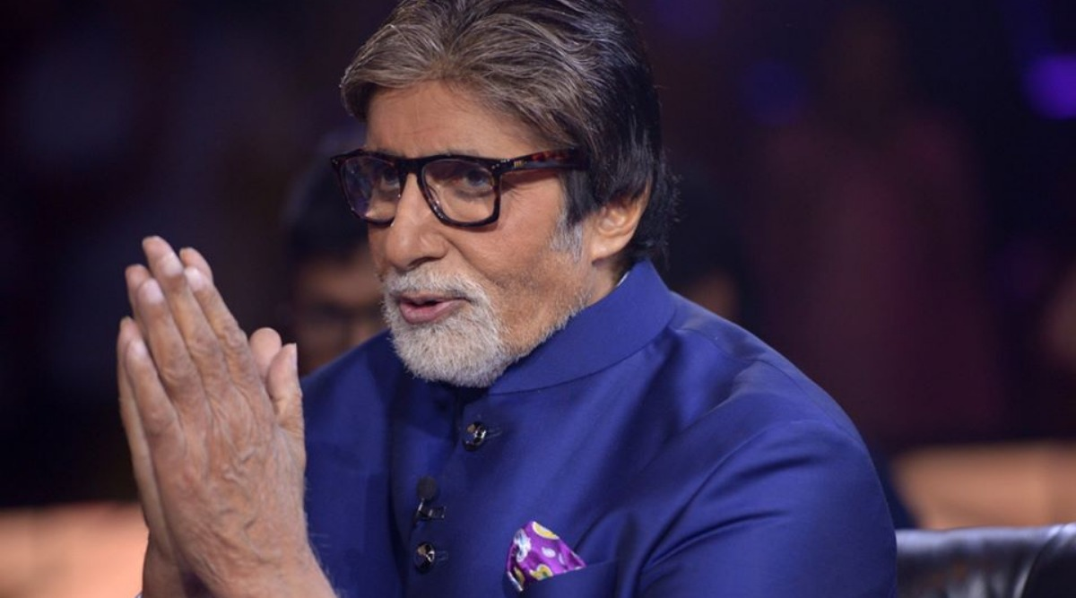 Amitabh Bachchan Health Update: Big B Shares a Pic from the Hospital with His Fans, Twitterati Wish the Superstar a Speedy Recovery