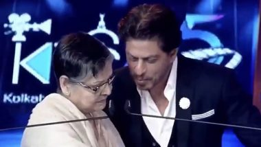 Shah Rukh Khan Learns Bengali from Rakhee at KIFF 2019 - Watch their Adorable Video from the Event