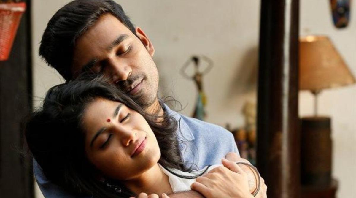 Enai Noki Paayum Thota: Dhanush and Megha Akash's Film Hit the Theatres, Fans Trend 'ENPT From Today'