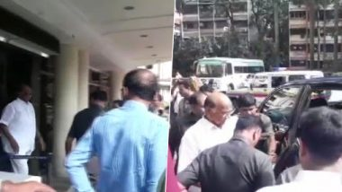 Sharad Pawar Meets Shiv Sena's Sanjay Raut at Lilavati Hospital as Deadline to Stake Claim for Govt Formation in Maharashtra Nears