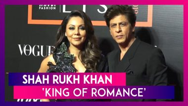 SRK Carries Wife Gauri's Trail At An Award Show, Proves He Is The 'King Of Romance'