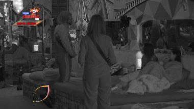 Bigg Boss 13 Episode 54 Sneak Peek 01 | 13 Dec 2019: Paras Chhabra & Shefali Bagga Fight Over A Bed