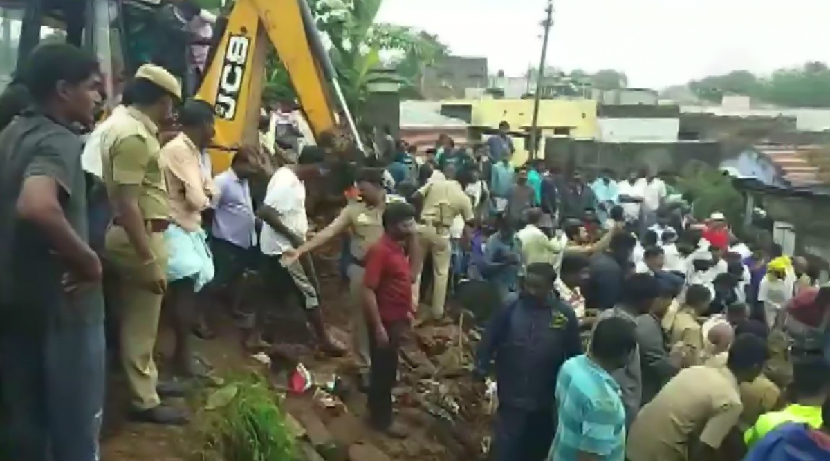 Tamil Nadu Rains: 15 Dead After Wall Collapses in Coimbatore, Holiday Declared in Schools in Chennai & Other Districts as IMD Predicts More Rainfall