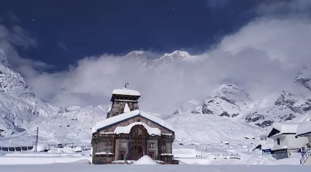 Uttarakhand: Kedarnath Temple Covered With Sheet of Snow Following Heavy Snowfall (View Pics)