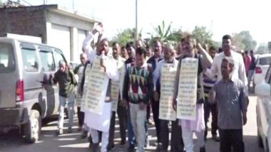 Jammu and Kashmir: Farmers Take out 10-km Long March to Highlight Border Issues