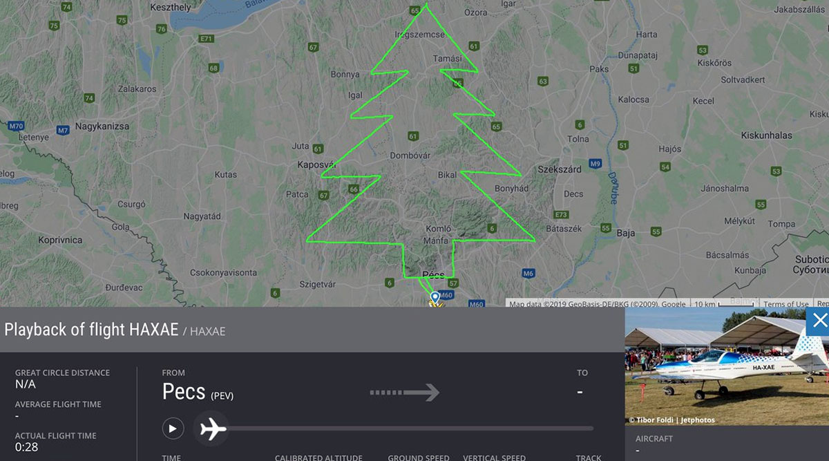 Christmas Tree Drawing by Aeroplane Over Hungary Goes Viral, Know History of Aerial 'Trees of Christmas'
