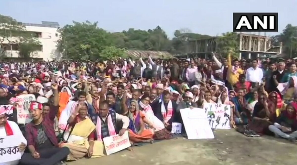 Citizenship Amendment Act Triggers Protest Across Country, Anti-CAB Supporters March Out to Streets After President's Assent