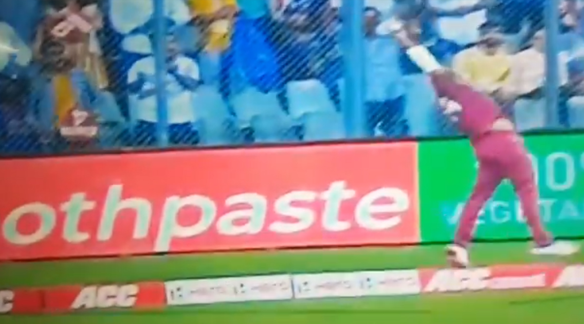 Evin Lewis' Pulls Off Unbelievable Fielding Effort Near Boundary During India vs West Indies 3rd Test 2019, Twitter Reacts