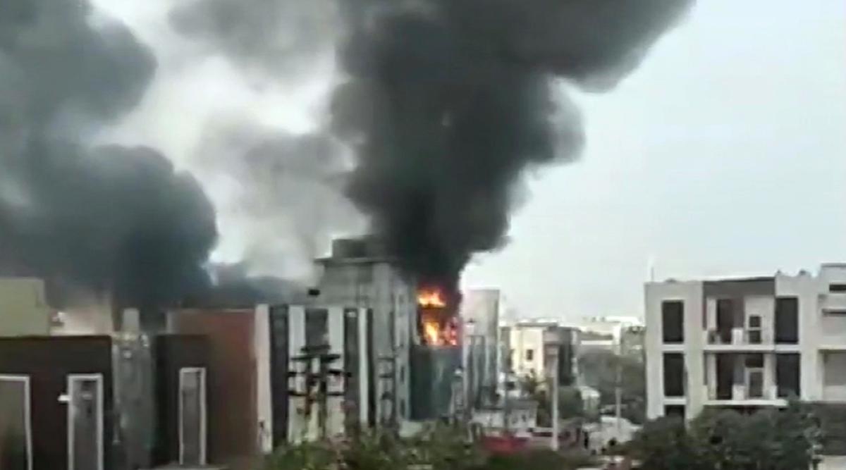 Gurugram: Fire Erupts at Factory in Manesar Hours After Delhi Blaze, Six  Fire Tenders at Spot