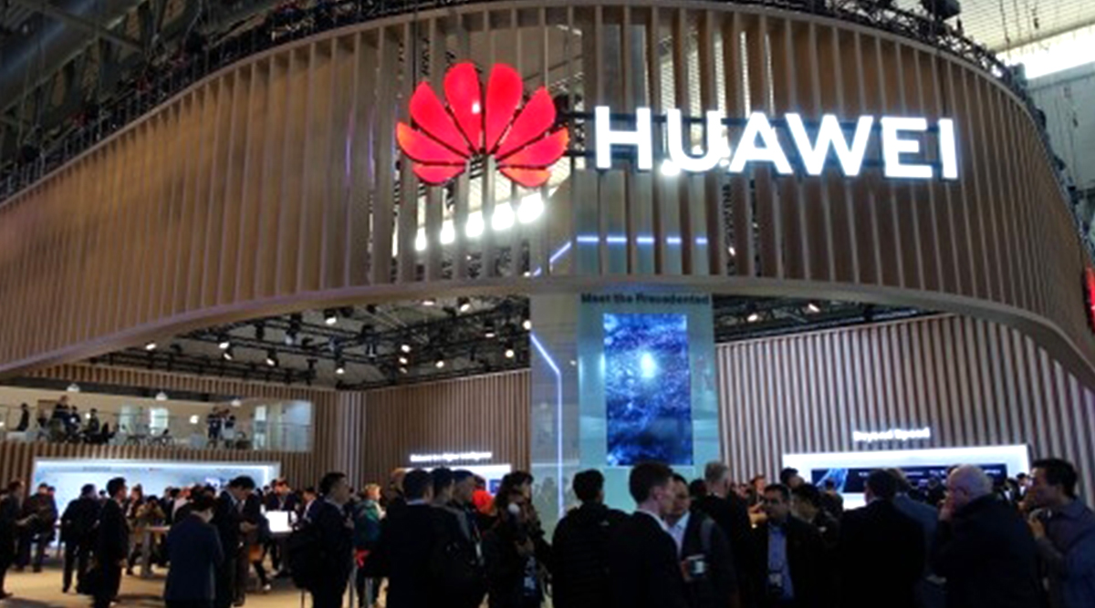 Xiaomi, Huawei Reportedly To Use Samsung's Foldable Display Panels