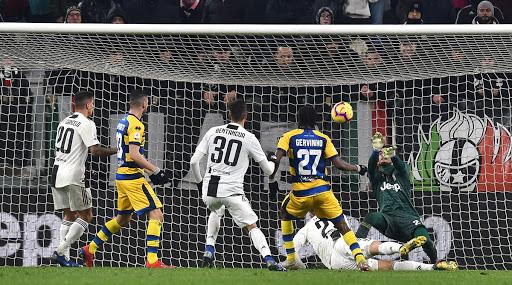 Dejan Kulusevski completes Juventus move