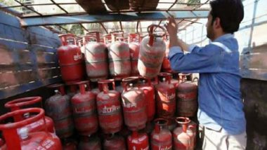LPG Cylinder Price Hiked by Rs 25 Per Cylinder, Cooking Gas To Cost Rs 884.50 in Delhi; Check Rates in Metro Cities