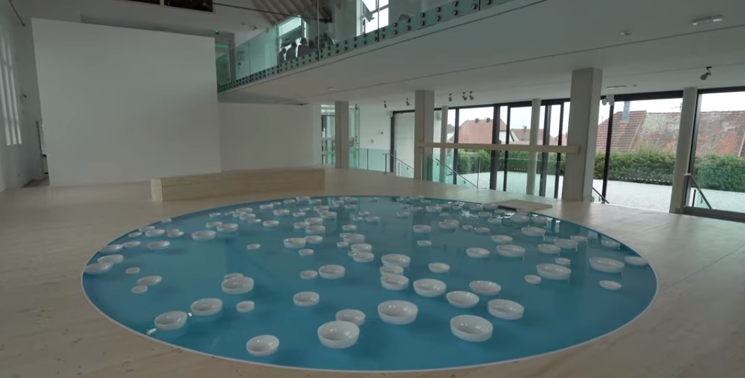 Video of French Artist Céleste Boursier-Mougenot's Unique Art Installation Involving Bowls Drifting on Flowing Water 'Liquide Liquide' is a Treat to Watch And Hear!