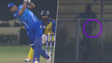 Manish Pandey Clears Stadium With Monstrous Six in 2019 Syed Mushtaq Ali Trophy Final, Fan Steals Ball and Escapes Out of Ground (Watch Video)