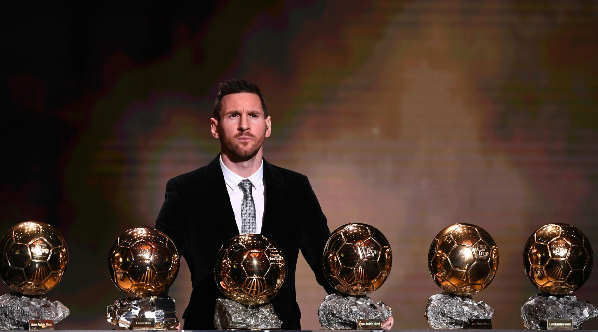 Lionel Messi Wins Ballon d'Or 2019; David Beckham, Ronaldo, Gary Lineker & Others Congratulate the Barcelona Star For Winning it The Sixth Time!